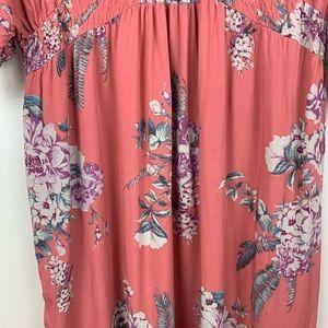 Jessica Simpson Dresses - Jessica Simpson Maternity Pink Floral Maxi Dress
